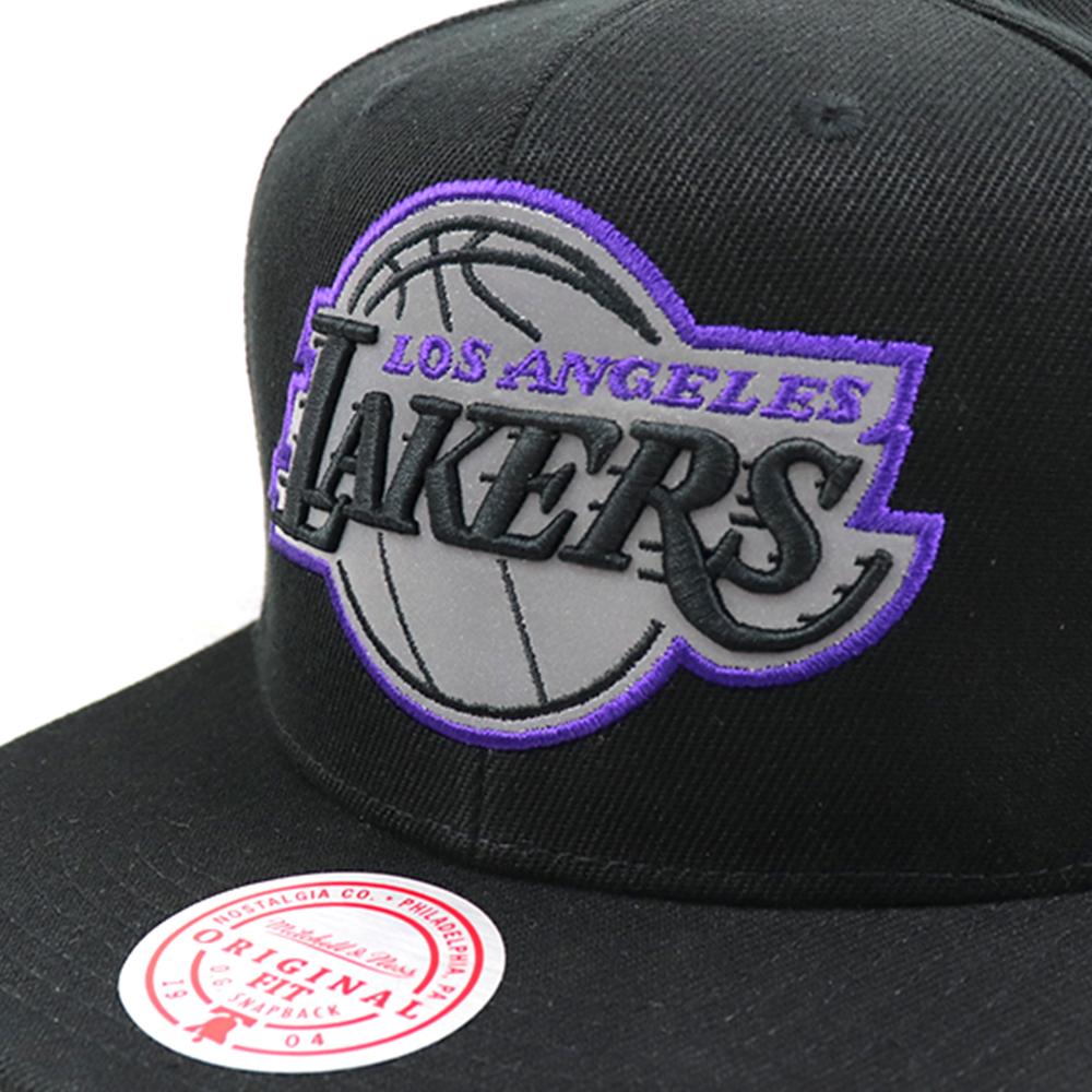 GORRO MITCHELL & NESS NBA FLEX POP LAKERS NEGRO
