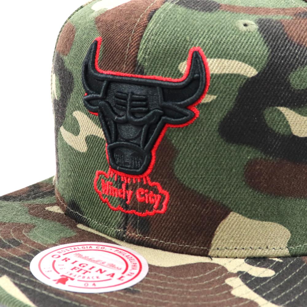 GORRO MITCHELL & NESS NBA BLACKWOOD CHICAGO BULLS CAMO