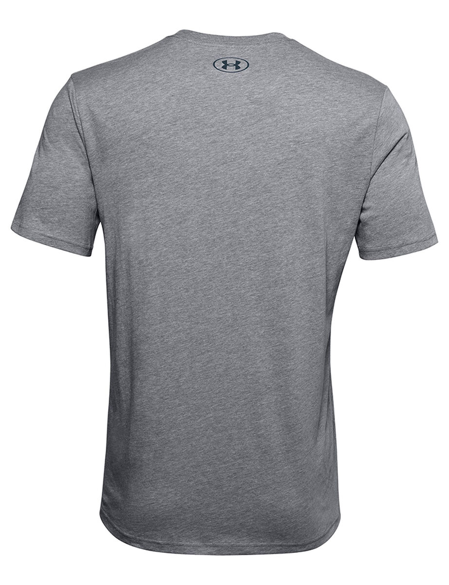 POLERA DE HOMBRE UNDER ARMOUR BIG LOGO BREAKDOWN GRIS