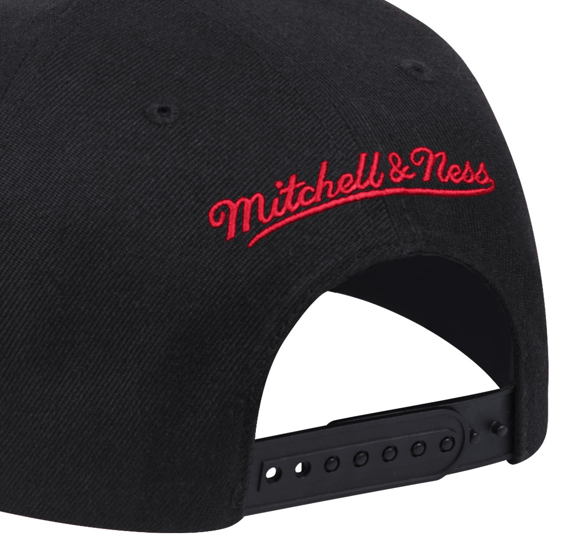 NBA NEON CROP XL SNAPBACK NBA BULLS